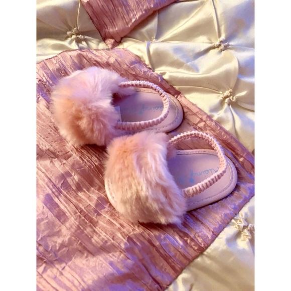 Girl Fluffy Pink Slides Size 3 6 Months